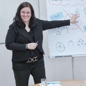 Leitung Karrierecenter, Trainerin und Coach Lehr-Coach, Karriere-Coaching
