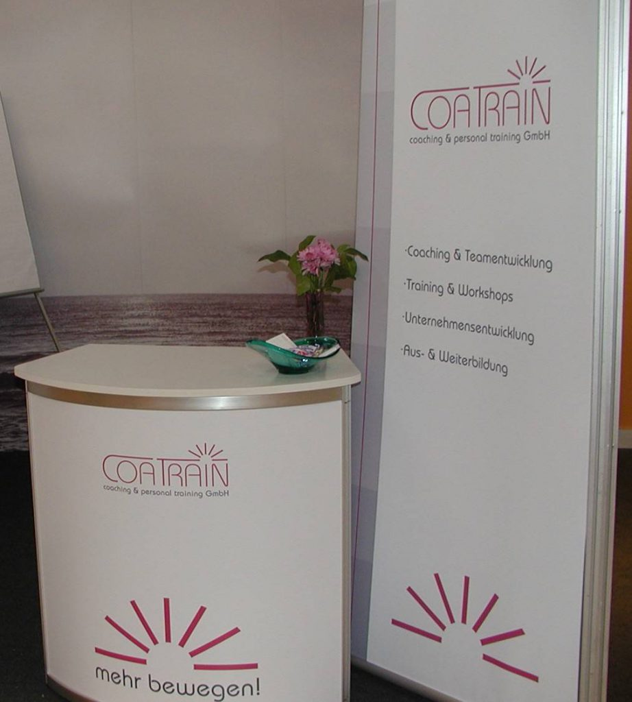 coatrain-messestand