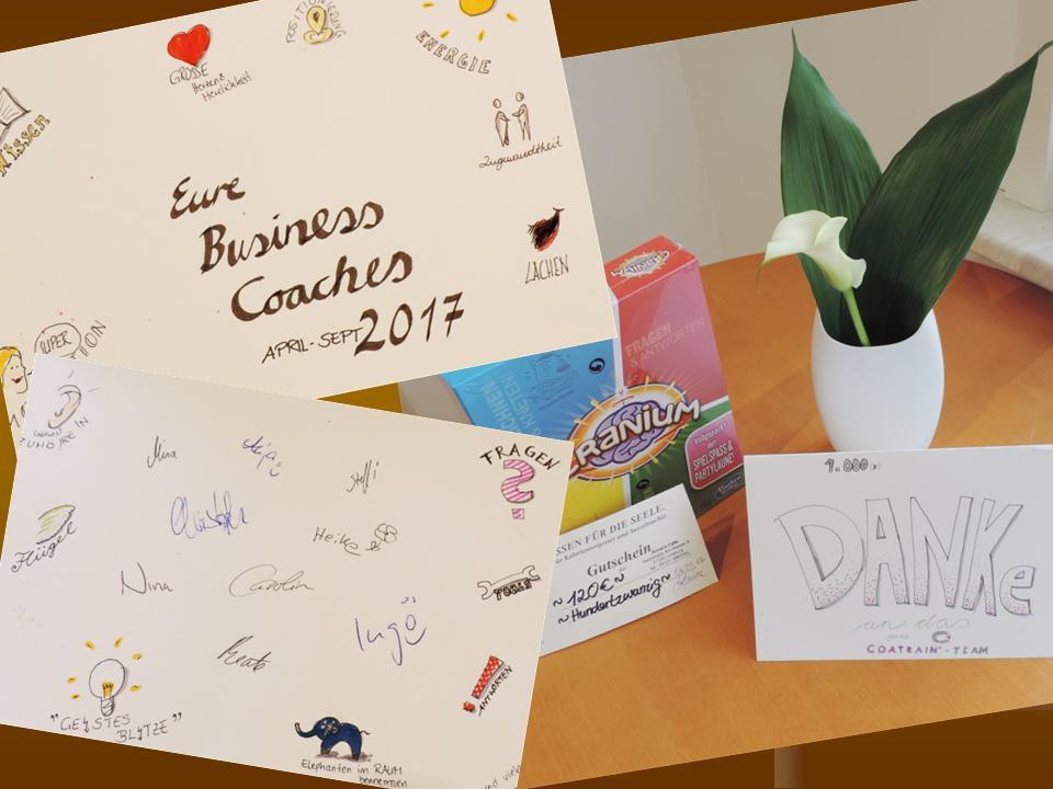 Wir freuen uns im September die Teilnehmer/innen unserer Gruppe Business Coach erfolgreich auf den Weg gebracht zu haben! Ganzes COATRAIN® Team bedankt sich herzlich für Eure wunderbaren Abschlussreden, für Euer Engagement, für Eure Geschenke und das schöne Zusammensein im Zollenspieker! Wir wünschen Euch alles Gute und bestes Gelingen auf Euren Wegen!